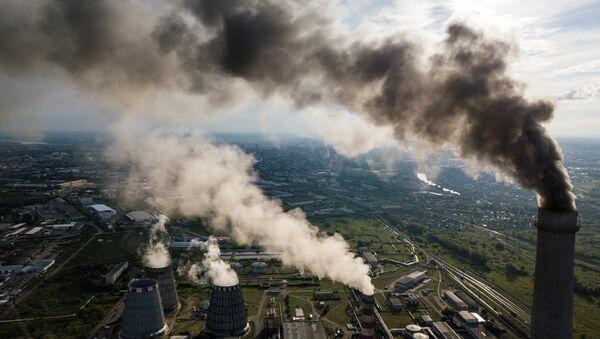 Planta eléctrica en la ciudad de Omsk, Rusia - Sputnik Mundo