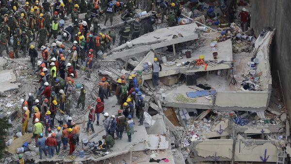 Las consecuencias del terremoto en México - Sputnik Mundo