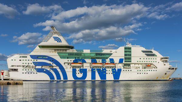 Ferry Rhapsody de la empresa italiana GNV - Sputnik Mundo