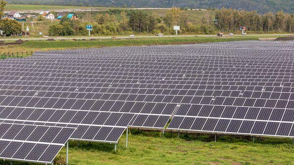 La primera central solar eléctrica en la República de Altái - Sputnik Mundo