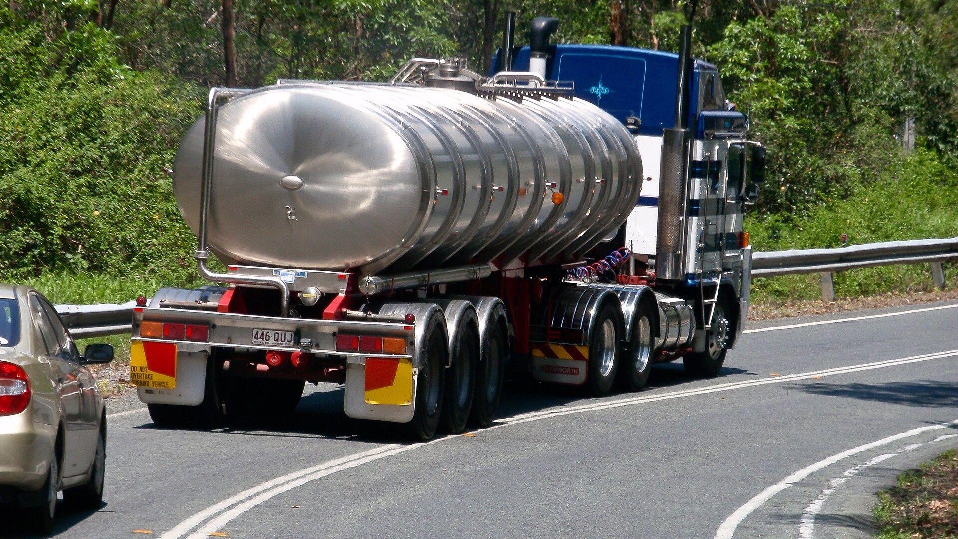 Un camión cisterna (imagen referencial) - Sputnik Mundo, 1920, 18.07.2021