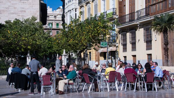 Turistas en Valencia, España - Sputnik Mundo