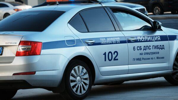 Coche de policía rusa - Sputnik Mundo