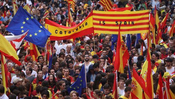 Manifestación a favor de la unidad de España en Barcelona - Sputnik Mundo