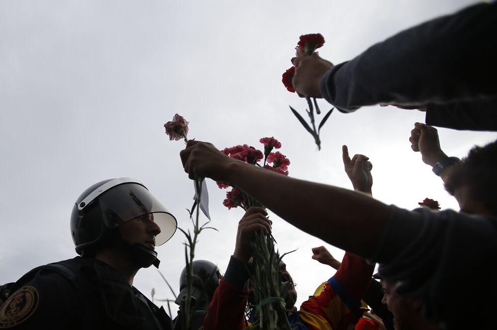 El referéndum de Cataluña, en imágenes