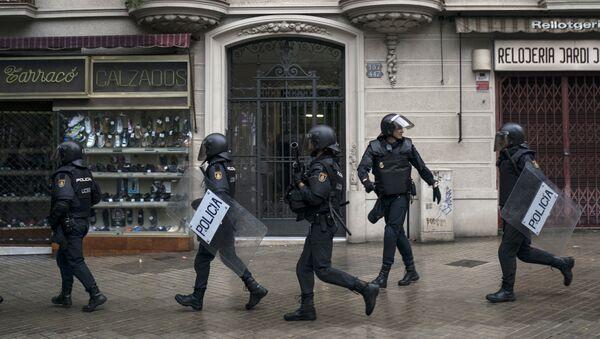 Policía española en Cataluña - Sputnik Mundo