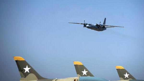 Un avión An-26 (archivo) - Sputnik Mundo