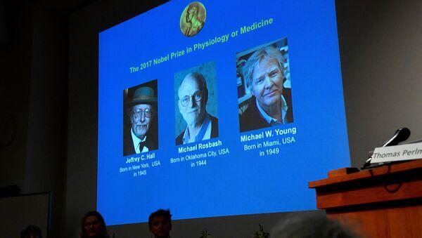 Los ganadores del Premio Nobel de Fisiología o Medicina 2017 - Sputnik Mundo