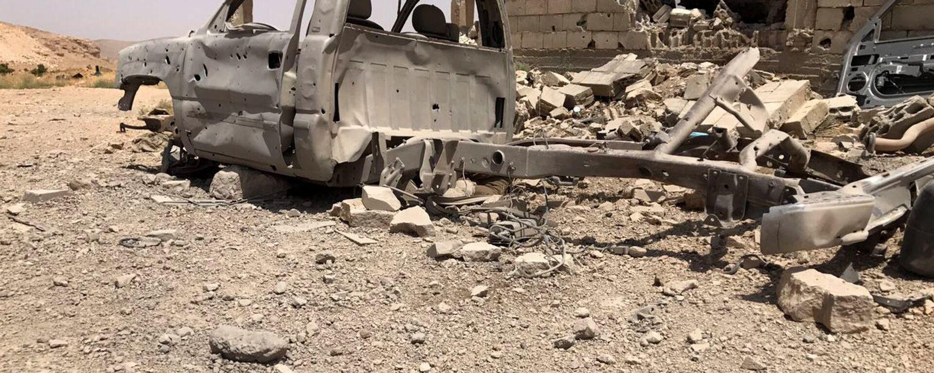 Una base destruida de los terroristas de Frente Al Nusra (archivo) - Sputnik Mundo, 1920, 31.05.2021