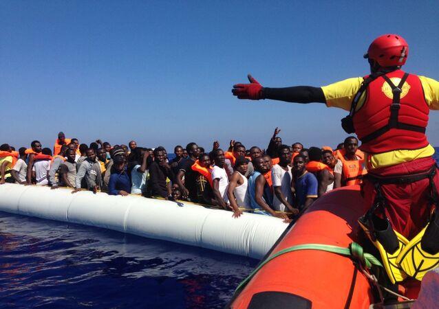 Embarcaciones con refugiados en el Mar Mediterráneo