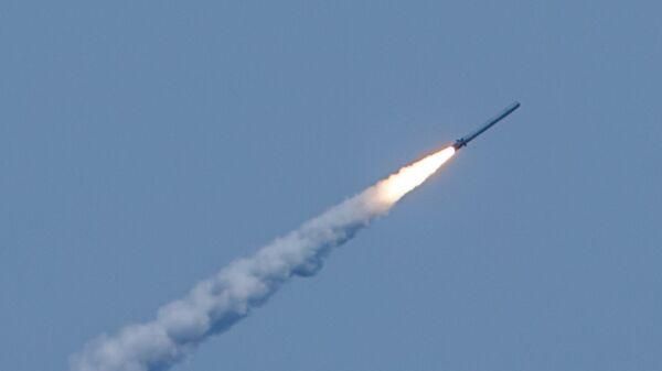 Lanzamiento de misiles Kalibr (archivo) - Sputnik Mundo