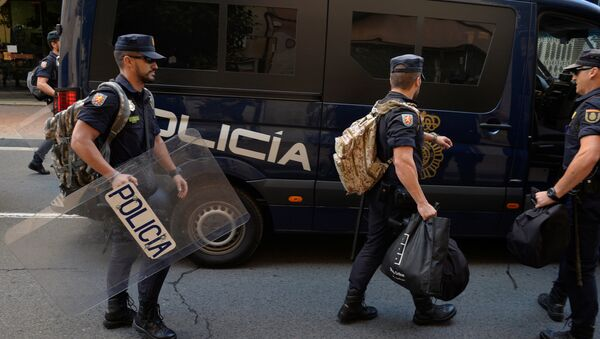 Policía Nacional de España en Cataluña - Sputnik Mundo