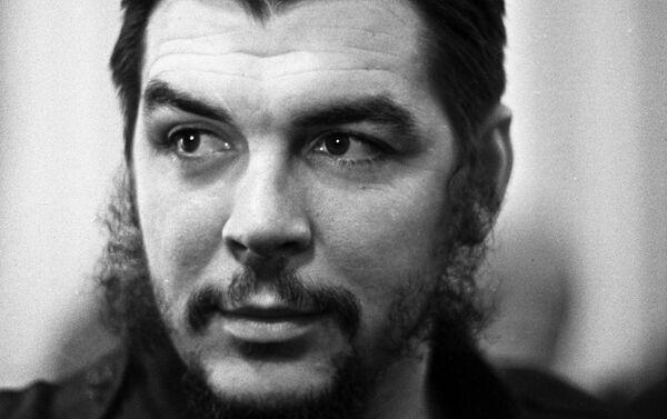 Che Guevara en 1963 - Sputnik Mundo