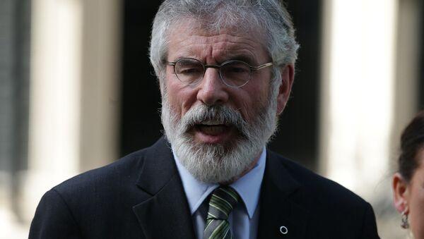 El histórico líder del Sinn Féin, Gerry Adams - Sputnik Mundo