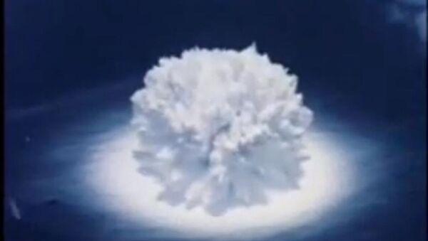Una explosión nuclear submarina (archivo) - Sputnik Mundo
