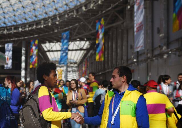 Los participantes del Festival de la Juventud y los Estudiantes en Sochi