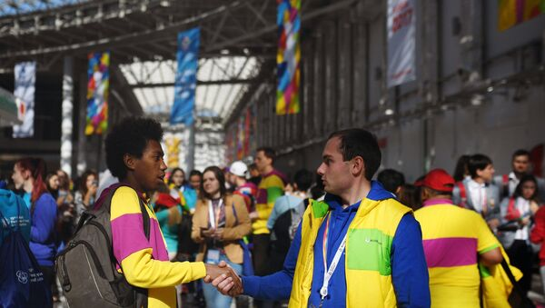 Los participantes del Festival de la Juventud y los Estudiantes en Sochi - Sputnik Mundo