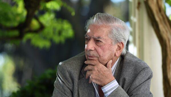 Mario Vargas Llosa, escritor hispano-peruano - Sputnik Mundo
