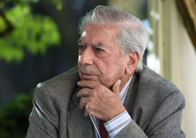 Mario Vargas Llosa, escritor hispano-peruano