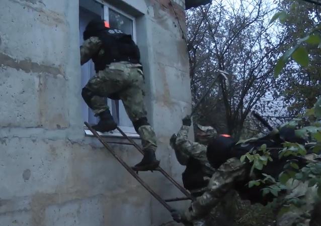 El FSB arresta a ocho personas sospechosas de tener vínculos terroristas