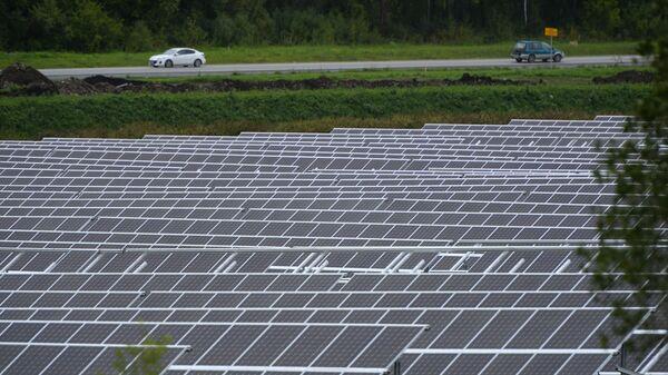 Una planta de energía solar  - Sputnik Mundo