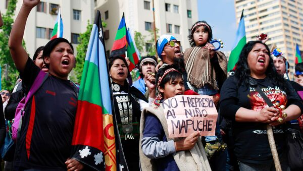 Mapuches en protestas - Sputnik Mundo