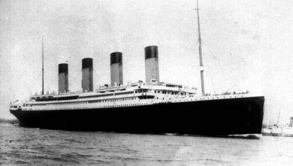 Titanic - Sputnik Mundo