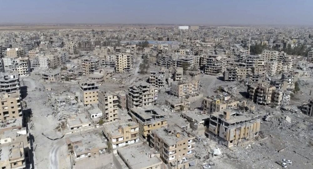 Al Raqa destruida