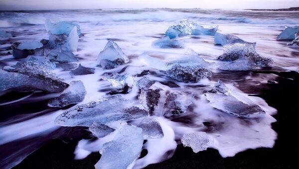 La superficie del mar congelada (imagen ilustrativa) - Sputnik Mundo