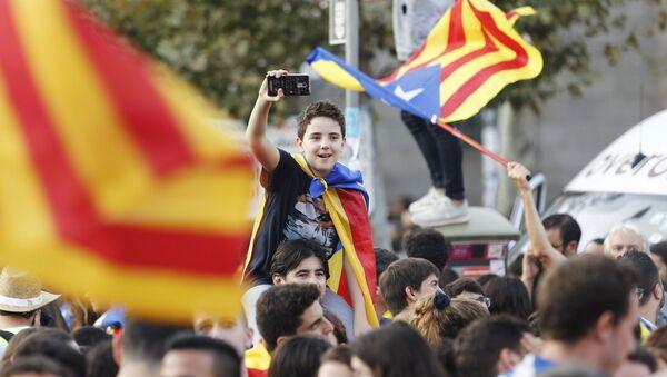 Protestas de los partidarios de la independencia de Cataluña en Barcelona - Sputnik Mundo