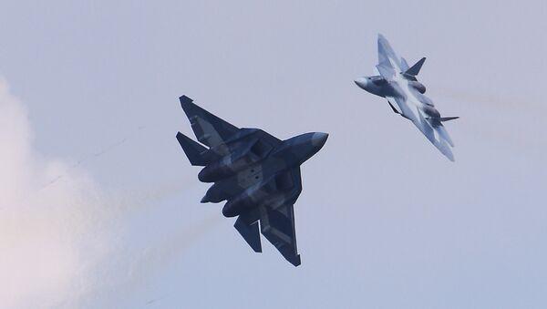 Cazas polivalentes rusos Su-57 (archivo) - Sputnik Mundo