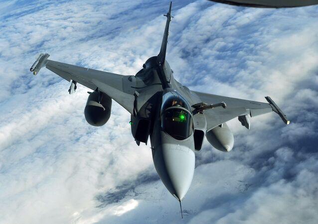 Saab JAS-39 Gripen (archivo)