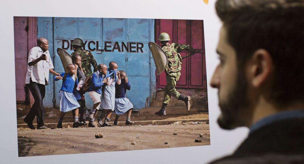 Exposición con las fotografías ganadoras del Concurso Internacional Andréi Stenin en Madrid