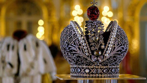 La corona de los emperadores rusos - Sputnik Mundo