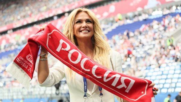 Victoria Lopireva, embajadora de la Copa Mundial de 2018 en Rusia - Sputnik Mundo