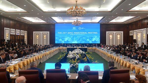 El encuentro de los ministros de Economía de los países del Foro de Cooperación Económica Asia-Pacífico - Sputnik Mundo