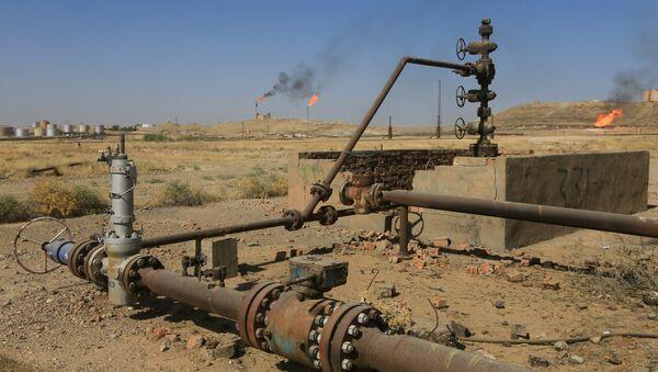 Campo petrolífero en Kirkuk, Irak - Sputnik Mundo