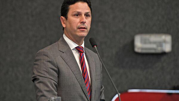 El ministro de las Ciudades de Brasil, Bruno Araújo - Sputnik Mundo