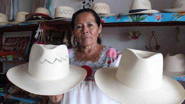 Elaboración de sombreros de jipijapa - Sputnik Mundo