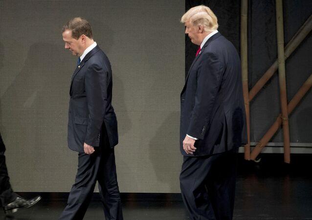 El primer ministro de Rusia, Dmitri Medvédev, y el presidente de EEUU, Donald Trump