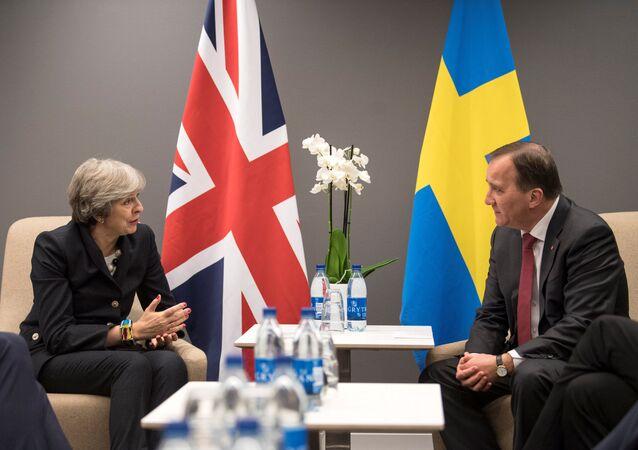 La primera ministra del Reino Unido, Theresa May, y su par sueco, Stefan Lofven
