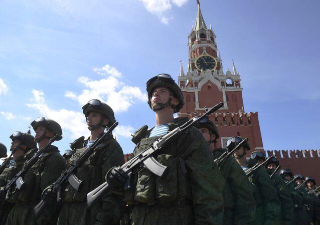 Soldados rusos en la Plaza Roja (archivo)