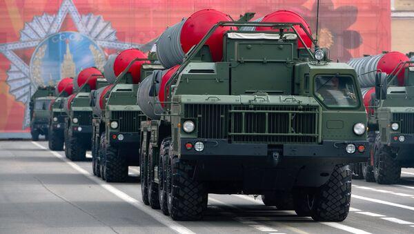 Los sistemas rusos S-400 Triumf - Sputnik Mundo