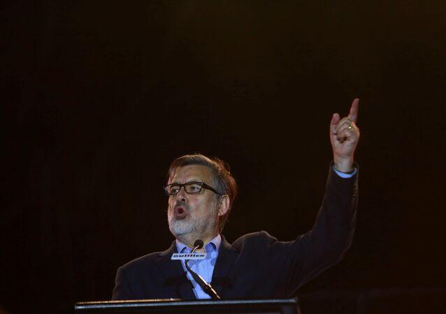 Alejandro Guillier, candidato oficialista chileno (archivo)