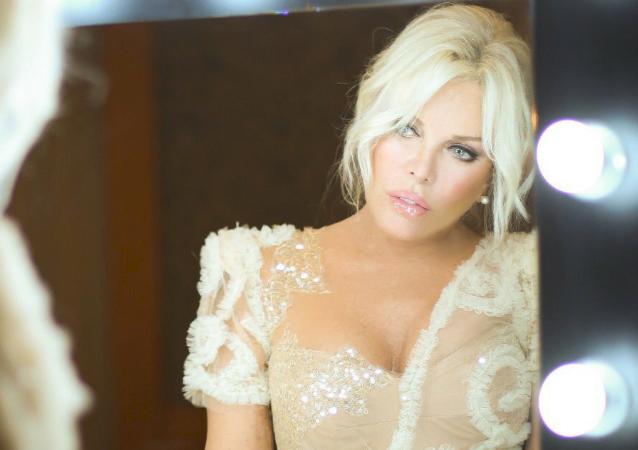 Ajda Pekkan, cantante y actriz turca
