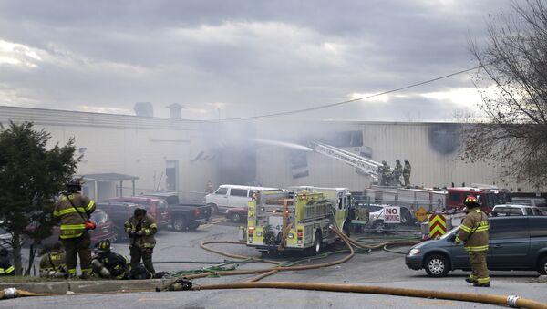 Explosión en fábrica de cosméticos en Nueva York - Sputnik Mundo