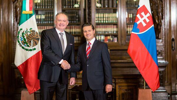Andrej Kiska, presidente de la República Eslovaca, y Enrique Peña Nieto, presidente de México - Sputnik Mundo