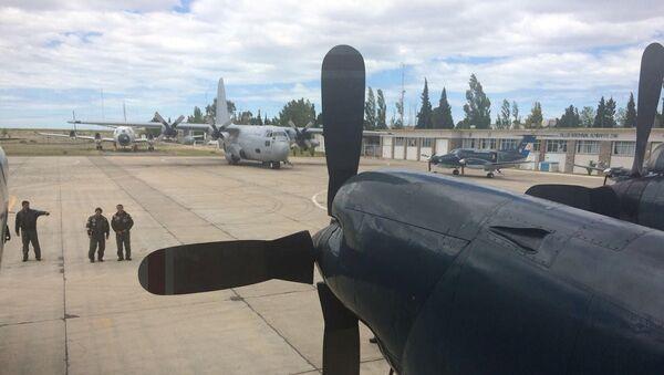 Aviones que participan en la búsqueda del submarino San Juan desaparecido - Sputnik Mundo