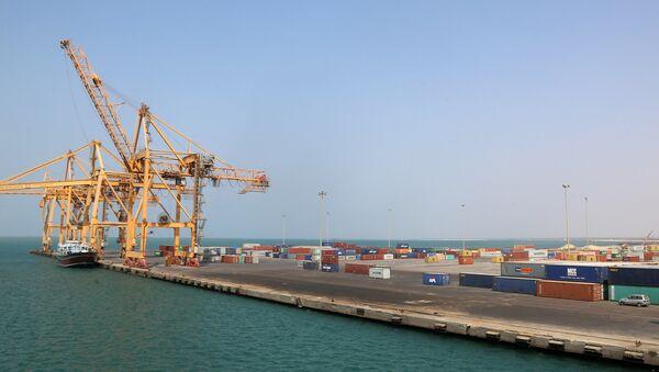 Puerto de Hodeida en Yemen - Sputnik Mundo