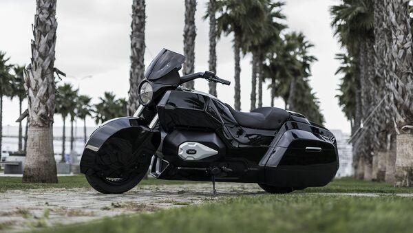 La motocicleta Izh, desarrollada por la empresa Kalashnikov en el marco del proyecto Kortezh - Sputnik Mundo